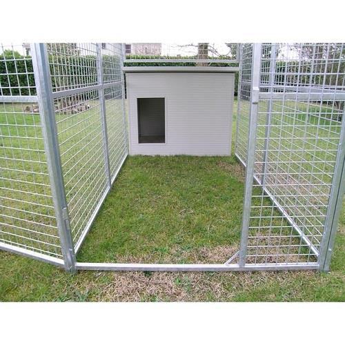 Box per cani coibentato modello husky il verde mondo for Cancelletti per cani da esterno